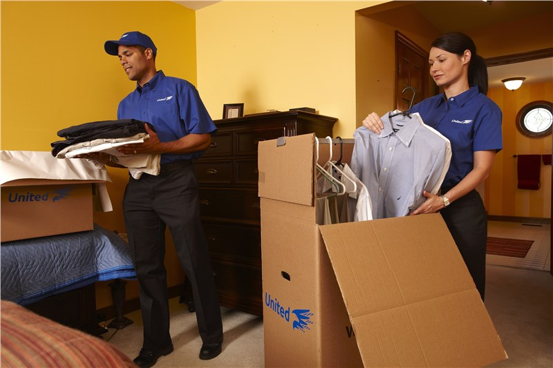 Movers in Chicagoland | Chicago Moving Company | Blackhawk Moving & Storage