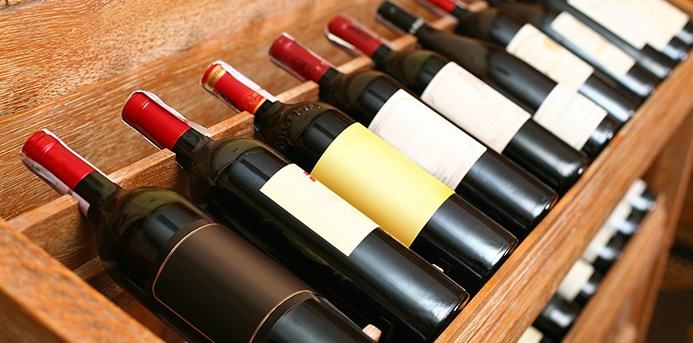 Tips to help you safely transport Your Wine Collection