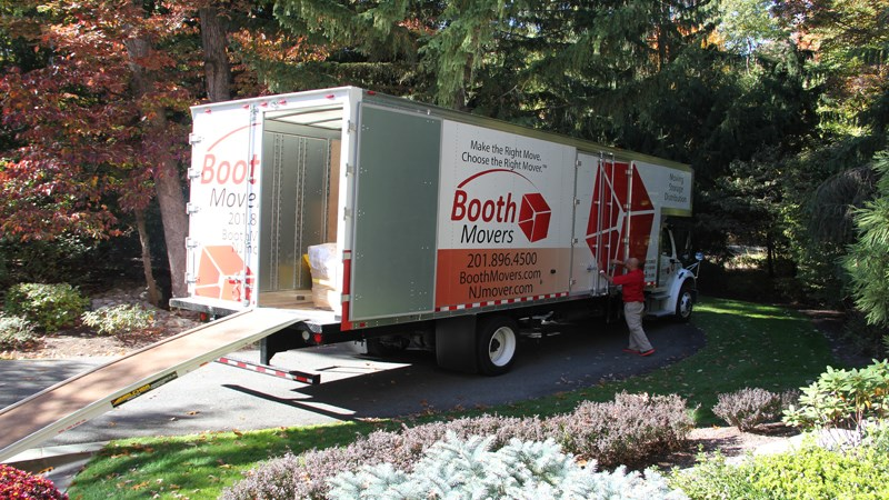 NJ Movers: New Look, Same Great Service!