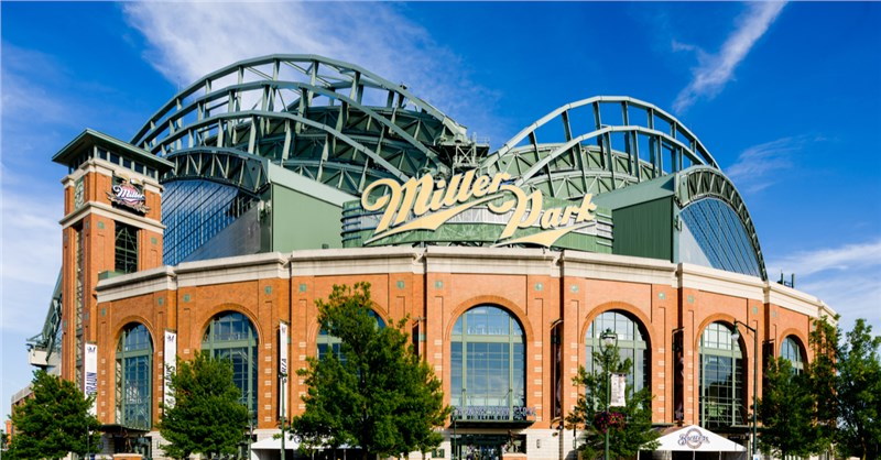 Miller Park moving from madison to milwaukee