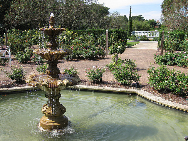 Rose Garden Fountain at Leu Gardens