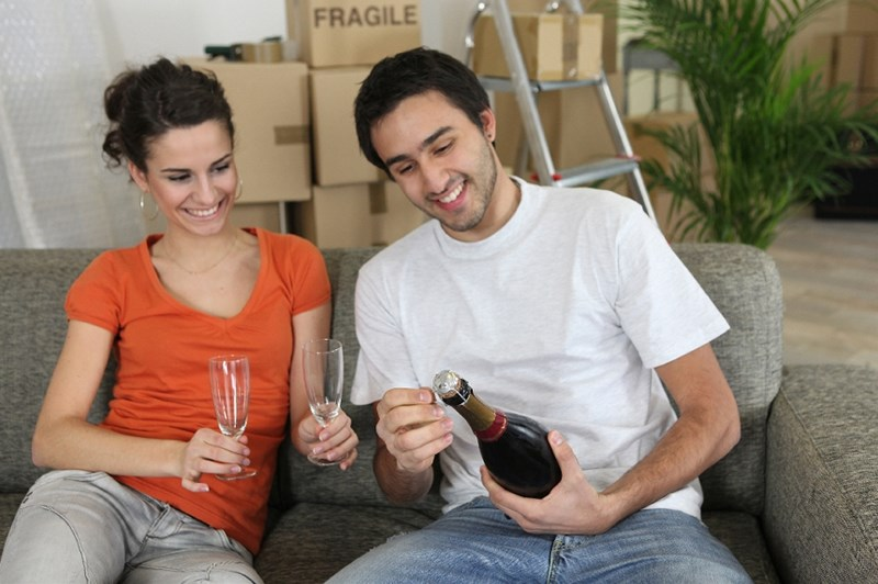 How to Throw and Excellent Housewarming Party