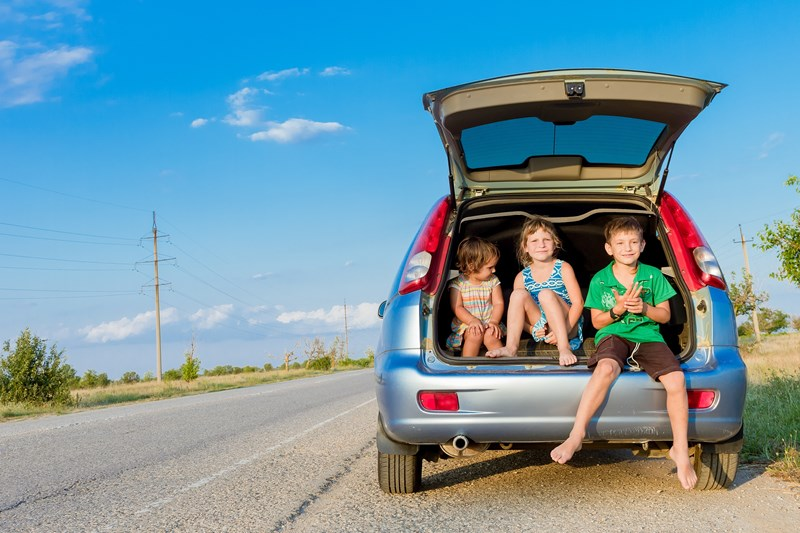 Things to Put in Your Road Trip Emergency Kit
