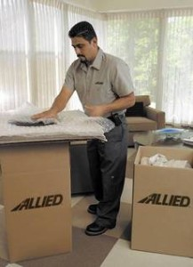 Using Professional Local Movers vs. Moving Yourself