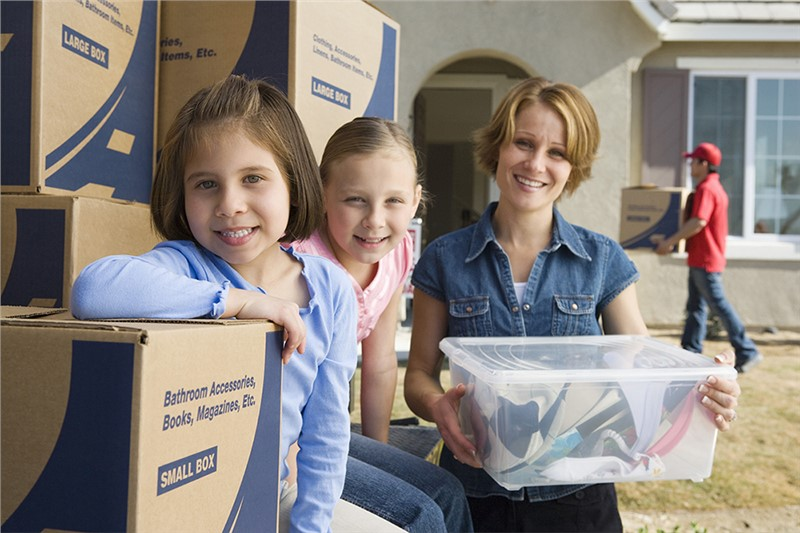 Our Nationwide Long Distance Movers Offer Tips for Reducing Stress During a Move
