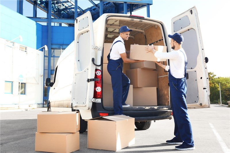 Five of the Best Ways to Research and Compare Moving Companies