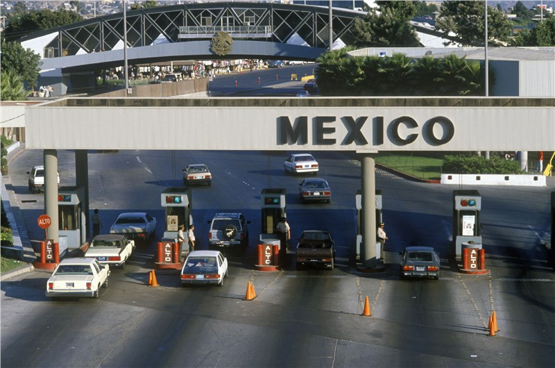 Crossing the Mexico Border in a Rental Moving Truck