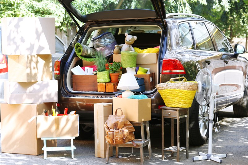 What Should You Know About Choosing Residential Movers in Summer?