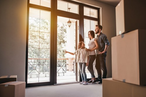 How to Plan a Move During Peak Season in 5 Simple Steps